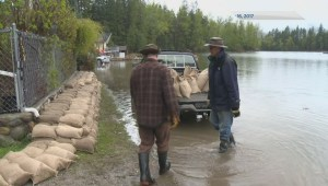 Twin Lakes residents prepare for potential flooding